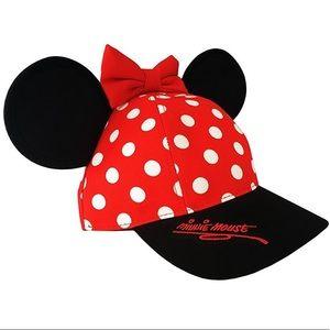 Disney Accessories - Women s Disney Minnie Mouse baseball cap! 20504e959faf